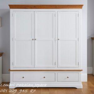 Lemari pakaian minimalis 3 pintu kayu Jepara model desain modern dan terbaru warna putih cat duco laci bawah dan kaca cermin harga murah