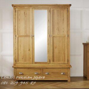 lemari pakaian 3 pintu di Medan kayu jati Jepara model desain almari baju daun kaca cermin minimalis mewah dan klasik terbaru harga murah